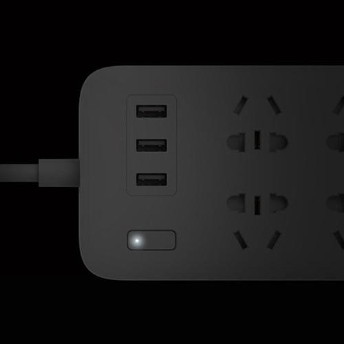 چند راهی برق شیائومی با ۶ سوکت و سه پورت USB