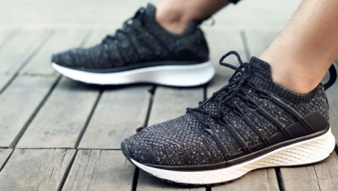 کفش ورزشی شیائومی مدل Mi به زودی در هندوستان عرضه خواهد شد